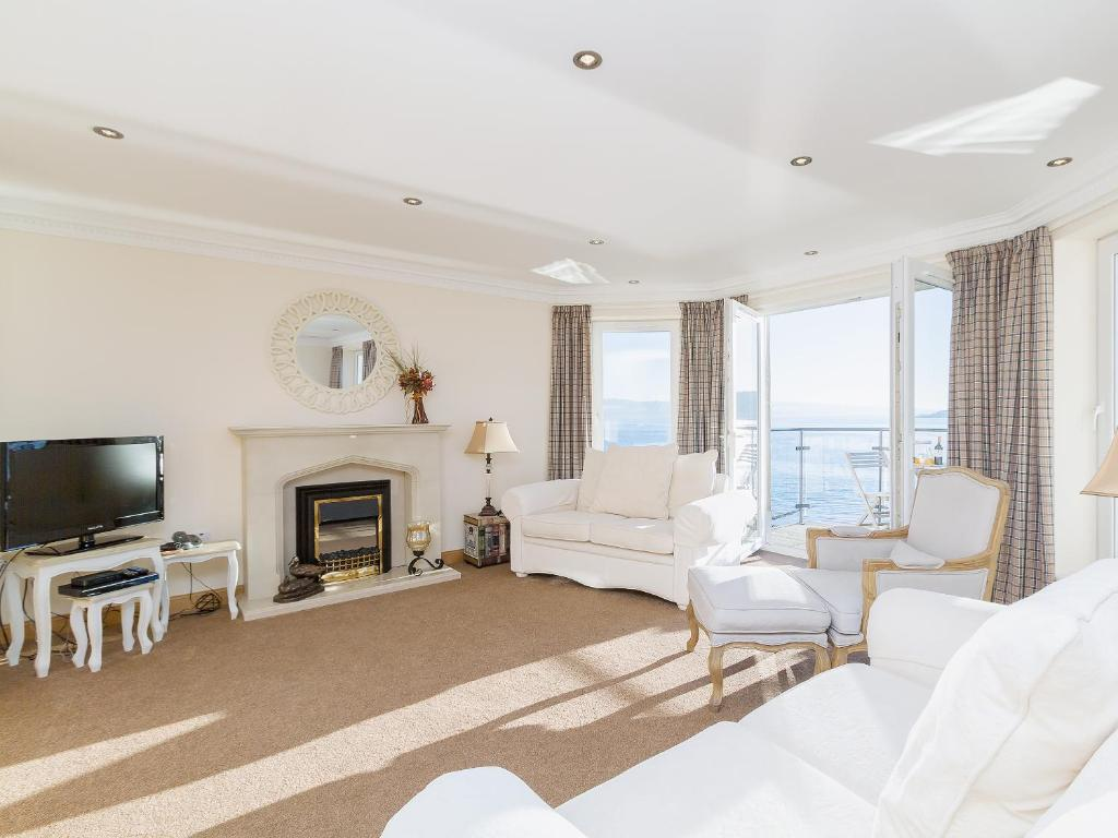 The Penthouse, Strone – Updated 2018 Prices