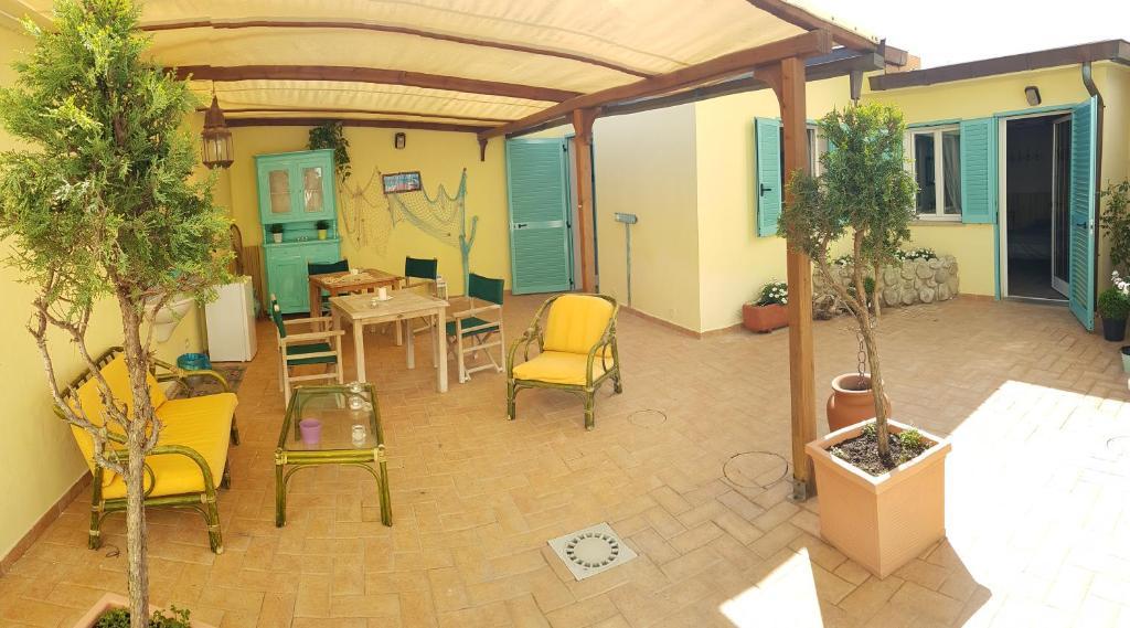 Guesthouse La Papaya, Marina di Pisa, Italy - Booking.com