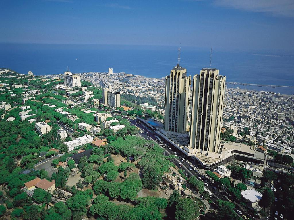 A bird's-eye view of Dan Panorama Haifa Hotel