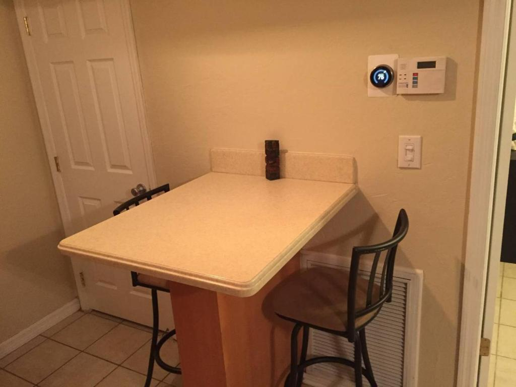 Apartment 2 Bedroom On Northeast 37th Fort Lauderdale Fl Booking Com