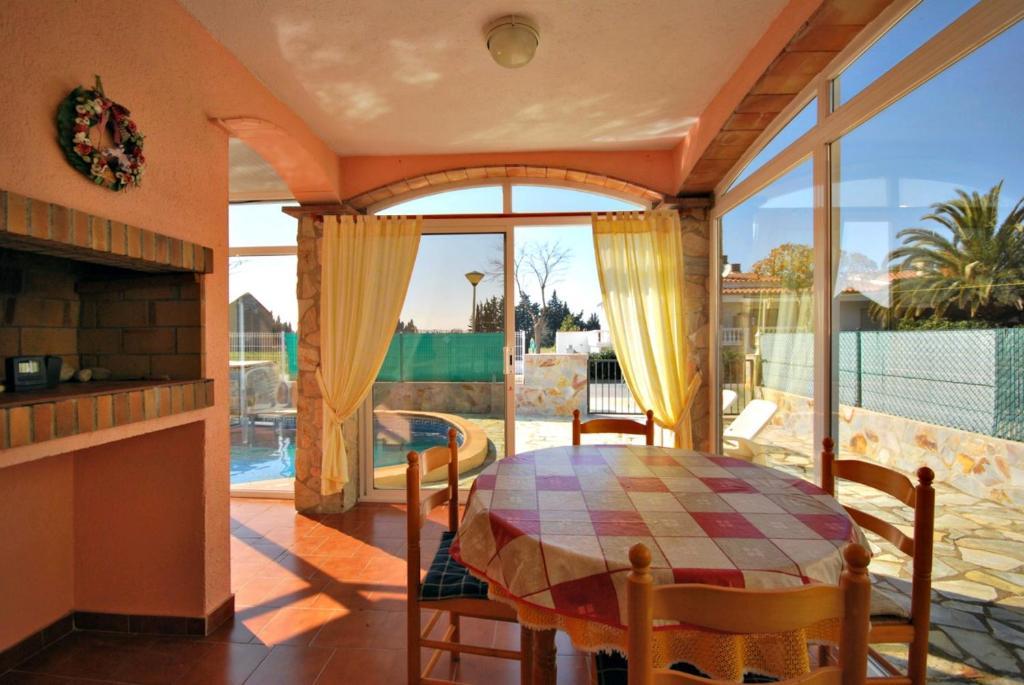 9cbd014e8b4ae Casa o chalet casa al lado de la playa con piscina privada. P5 ...