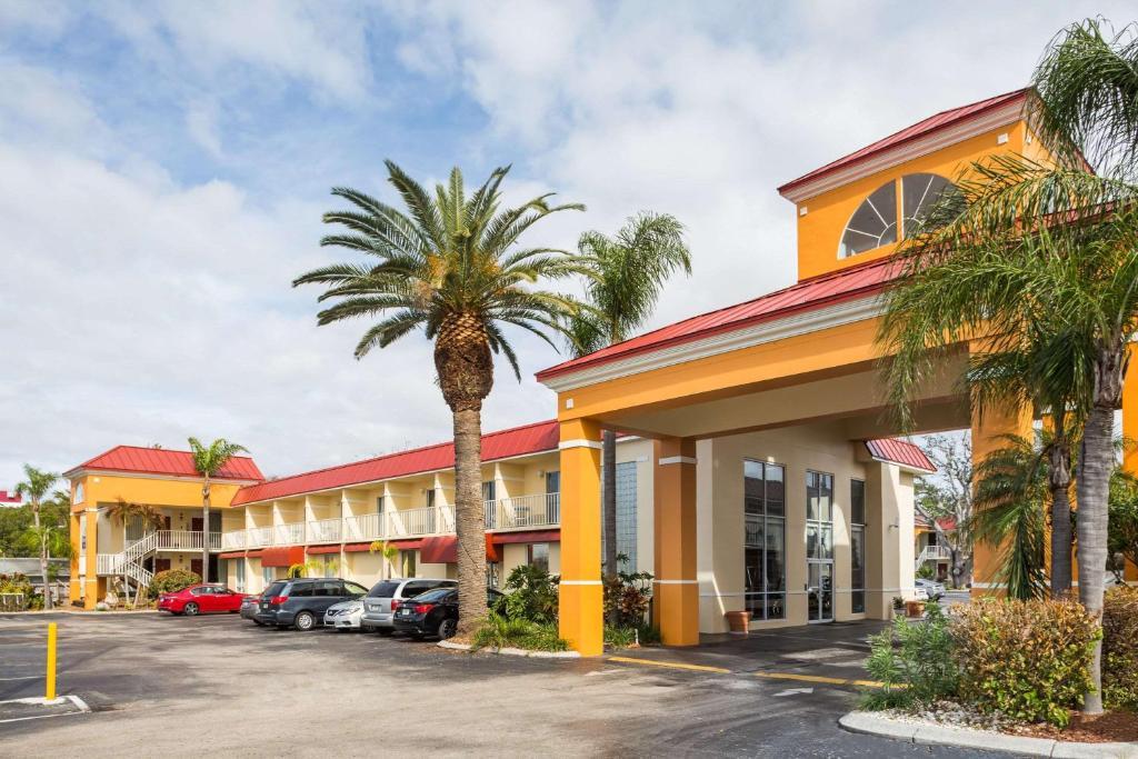 Days Inn Port Richey Fl Booking Com
