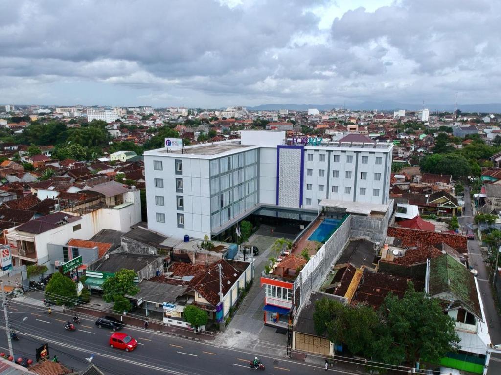 Forriz Hotel Yogyakarta Indonesia Booking Com
