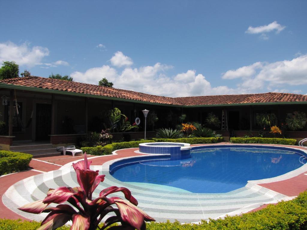 Casa Country Finca Hostel
