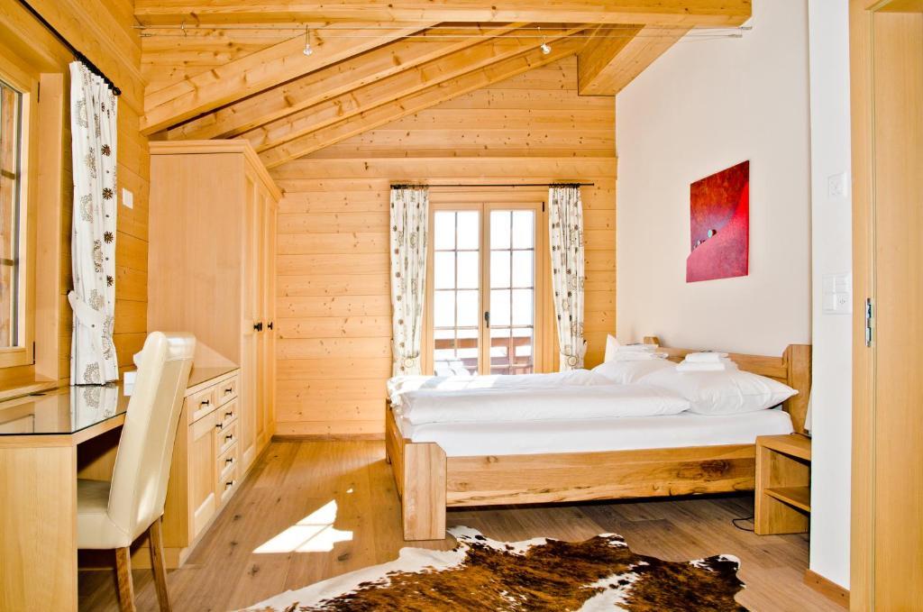 Chalet Nursery And Garden Center: Chalet Princess GriwaRent, Grindelwald, Switzerland