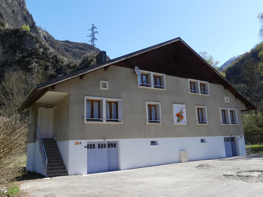 Apartments In Oris-en-rattier Rhône-alps