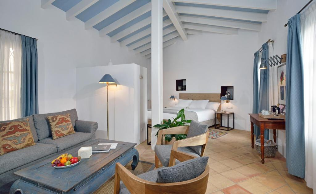boutique hotels in palma de mallorca  60