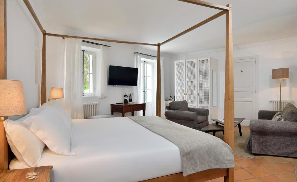boutique hotels in palma de mallorca  52