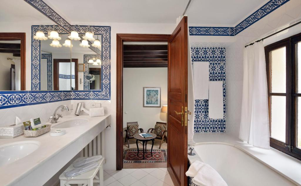 boutique hotels in palma de mallorca  56