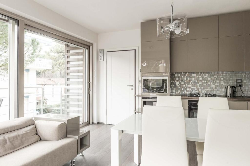 Appartamenti di lusso tra mare e pineta italia milano for Appartamenti di design