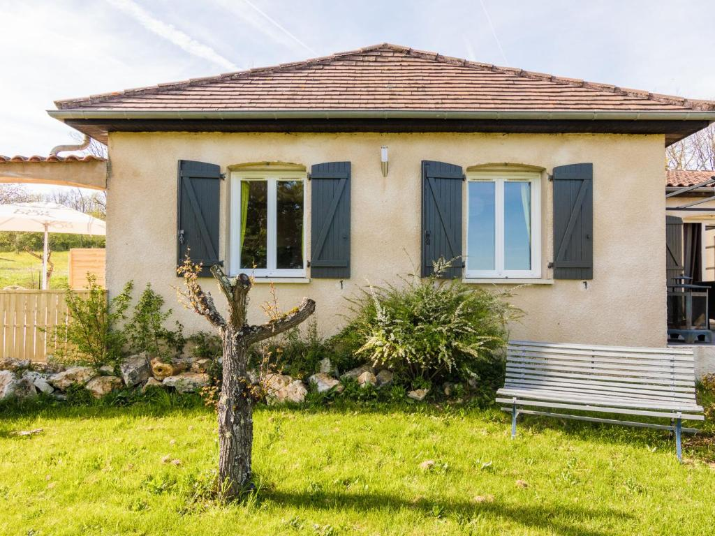 Apartments In Payzac Aquitaine