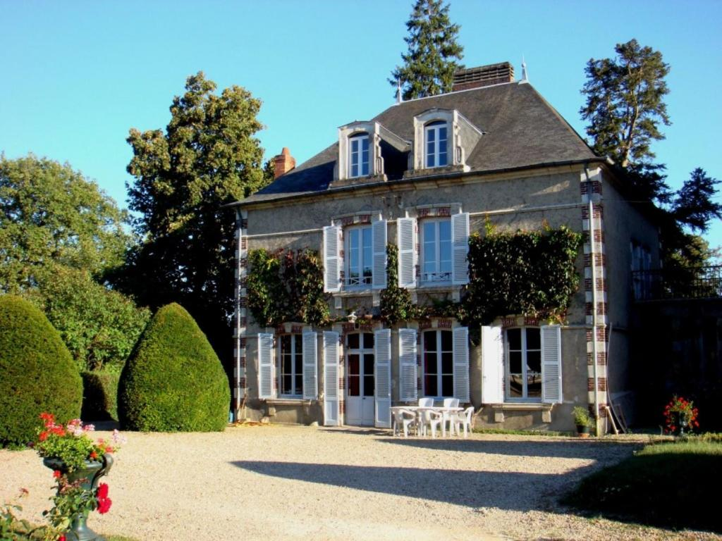 bed and breakfast maison boisbriou, pigny, france - booking