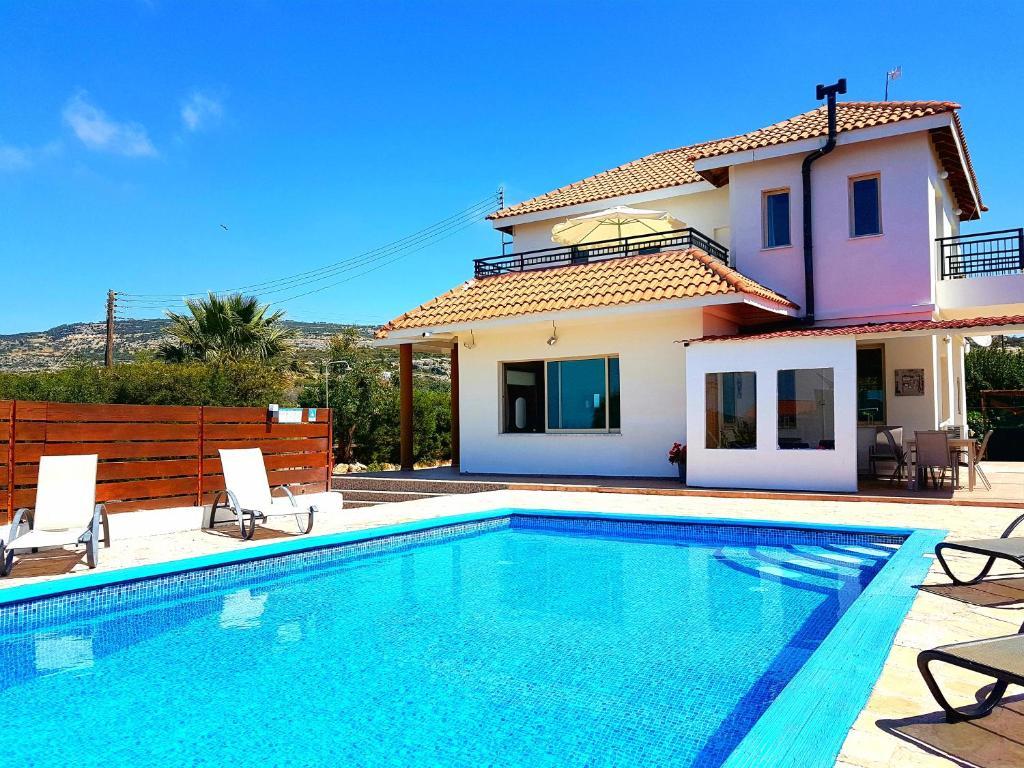 Villa Sandy Breeze, Paphos City, Cyprus - Booking.com