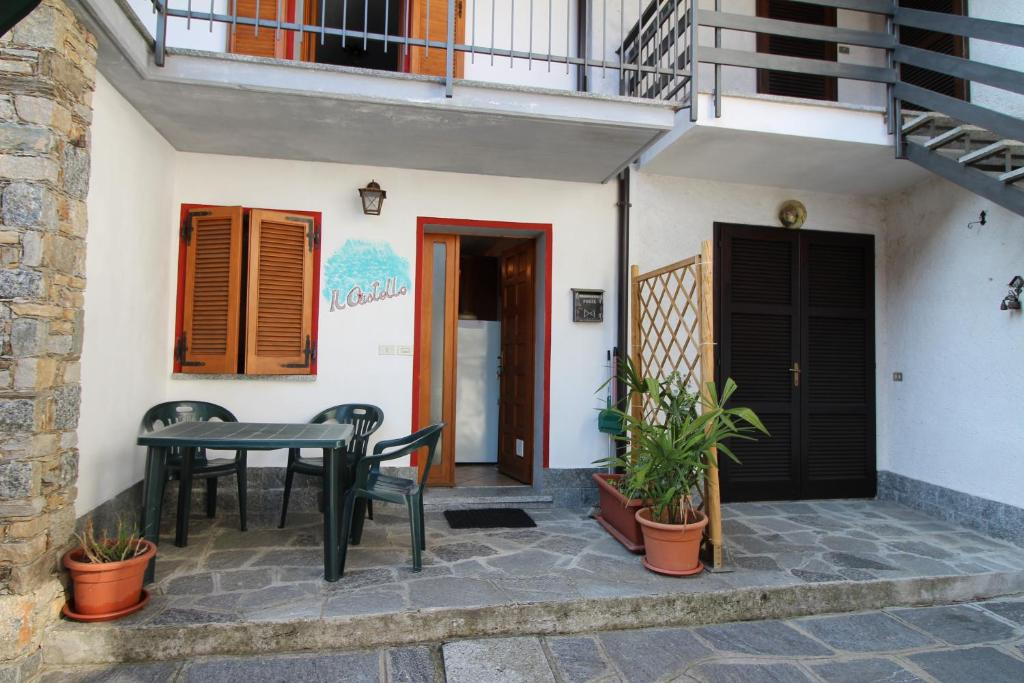 Vacation Home Il Castello Nebbiuno Italy Bookingcom