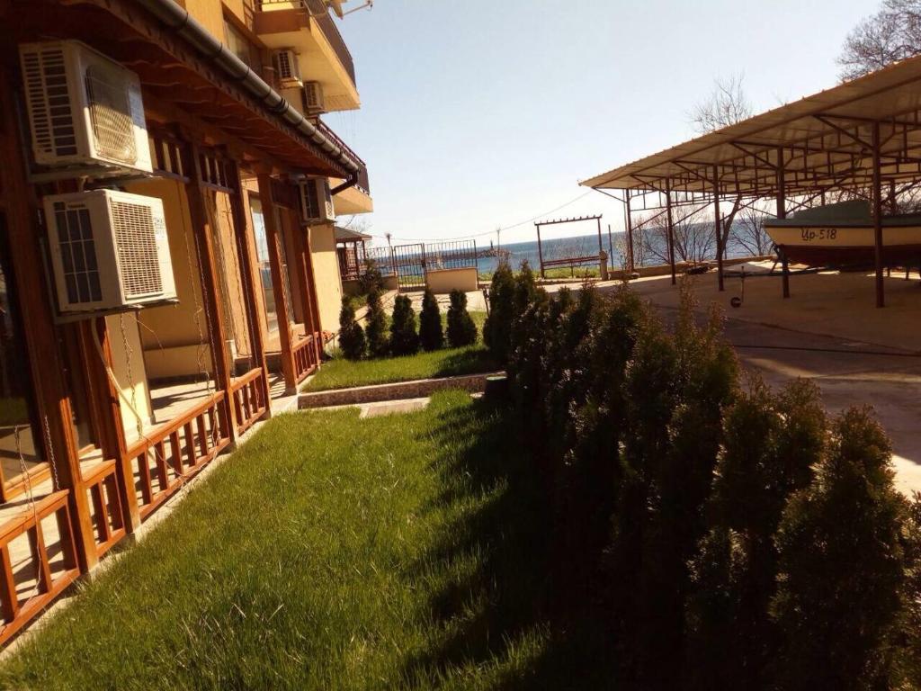 Апартамент Sea & Garden apartment- Port Tsarevo - Царево