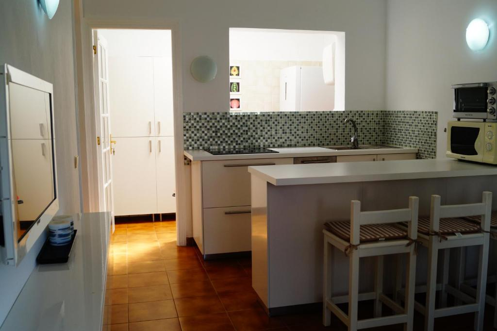 ... Gallery image of this property. Situated in Maspalomas, Travelers Los Tunos ...
