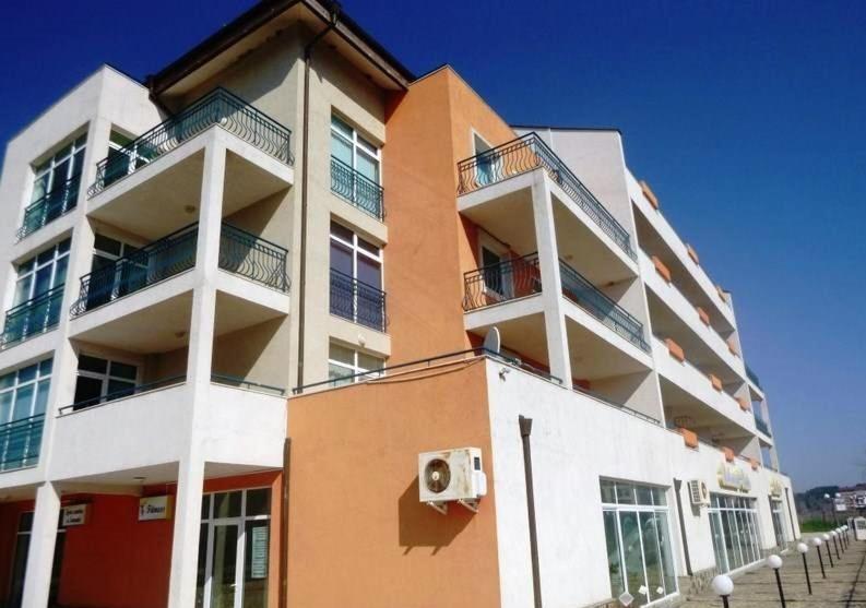 Апартамент Flo Апартаментs - Обзор