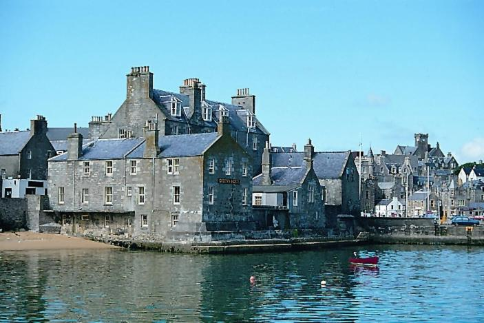 the queens hotel lerwick updated 2019 prices. Black Bedroom Furniture Sets. Home Design Ideas