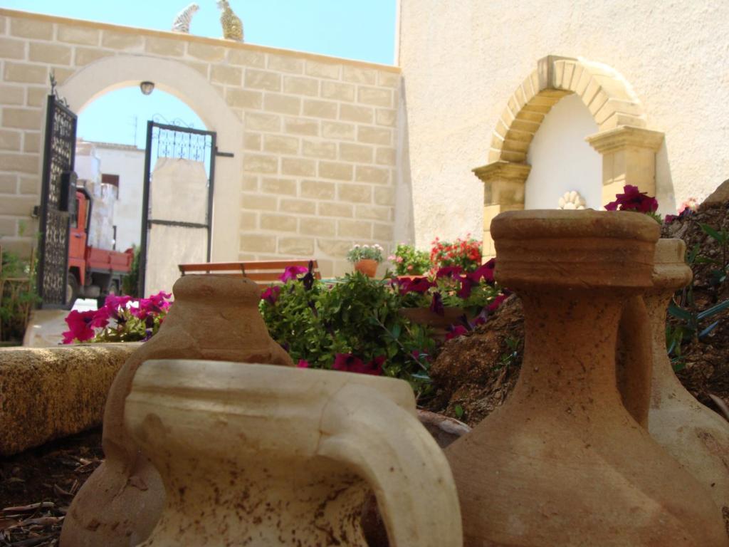 Guest House Al Gattopardo Favignana Italy Bookingcom