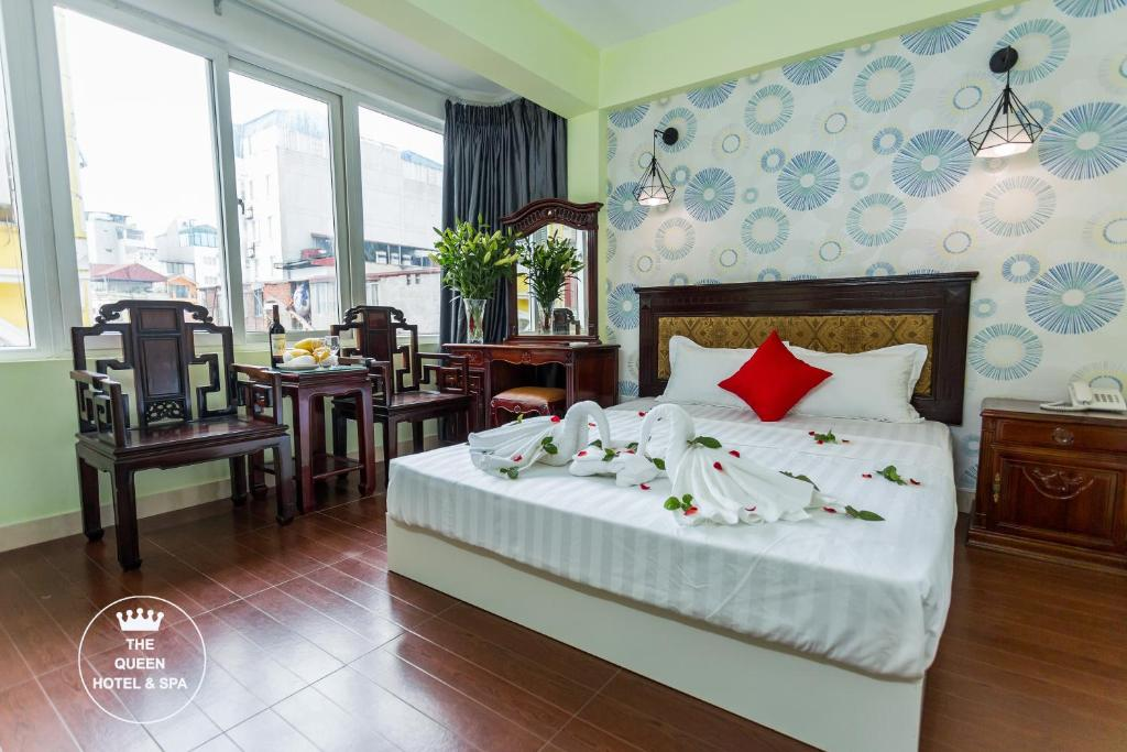The Queen Hotel & Spa 2