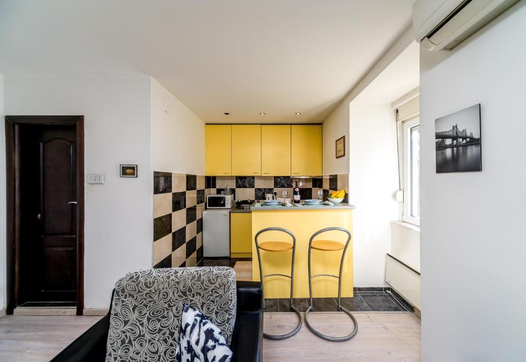 Breeze Apartment