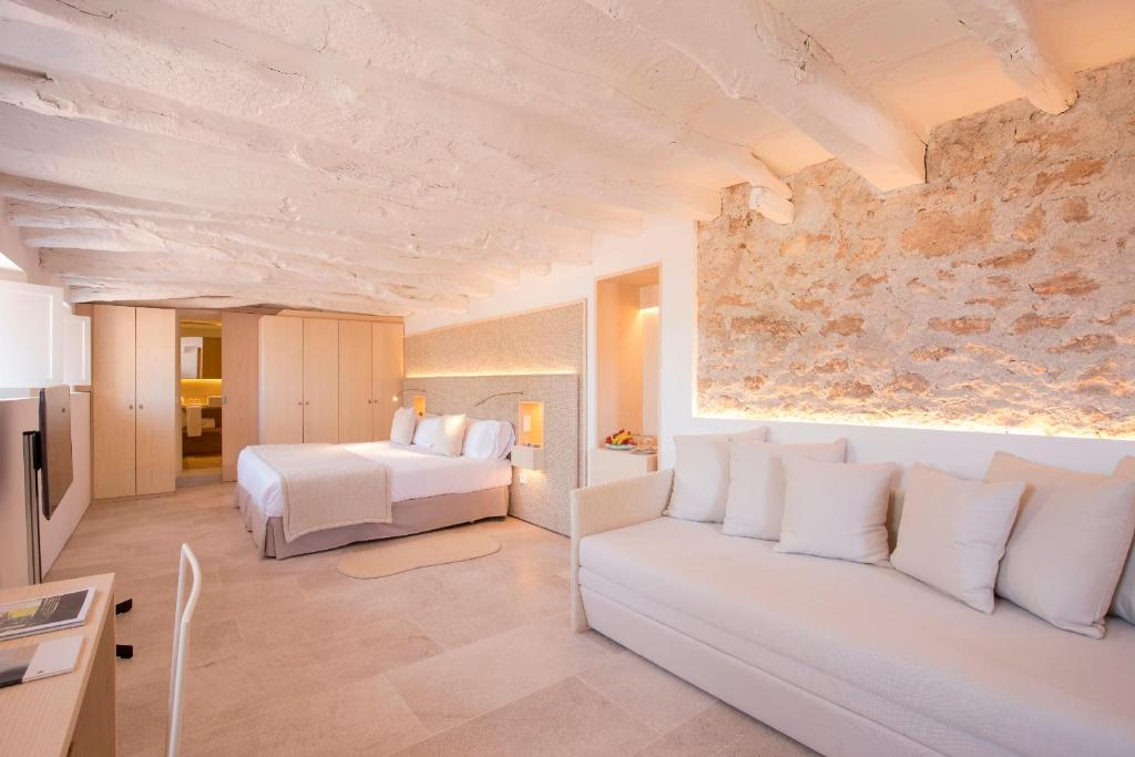 boutique hotels in balearic islands  337