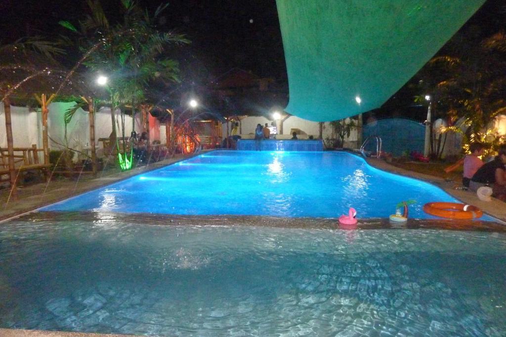 gallery image of this property - Ocean Garden