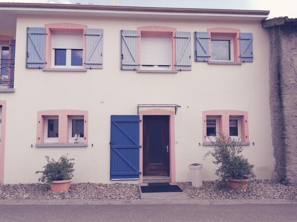 Apartments In Racrange Lorraine