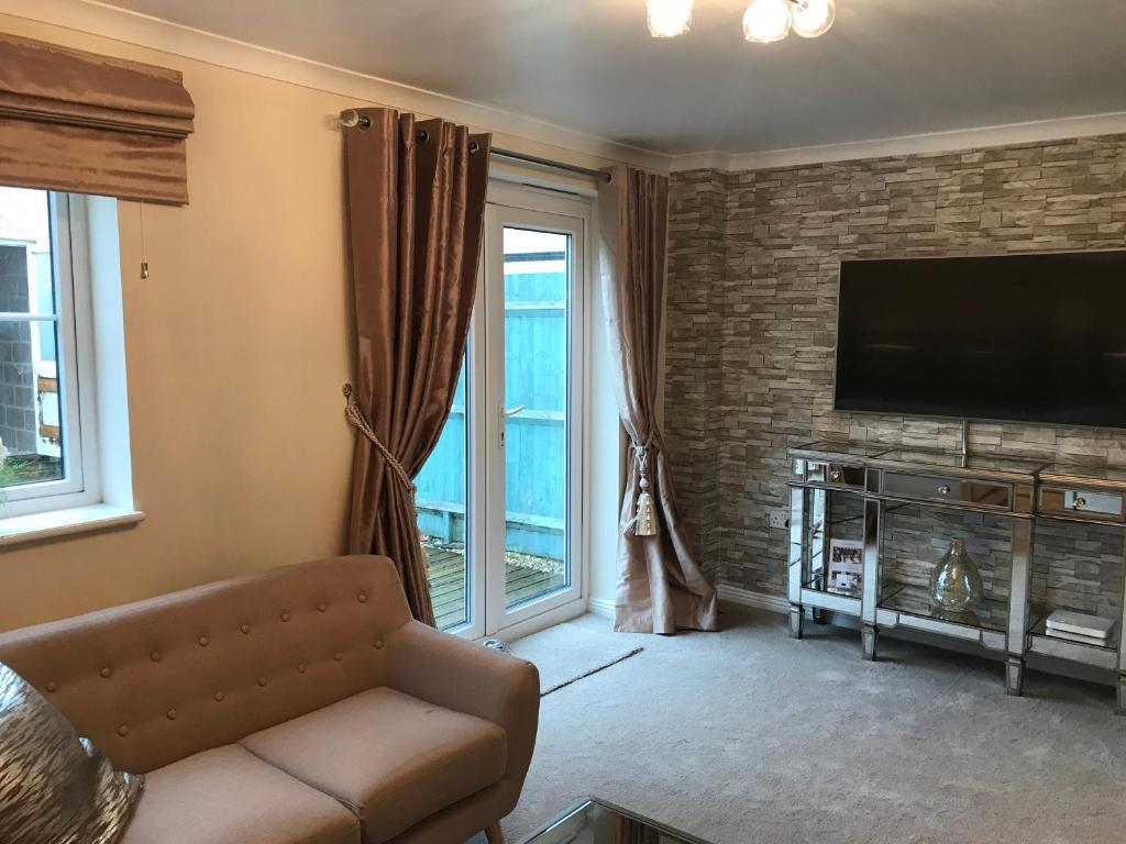 Vacation Home Brome House, Carterton, UK - Booking.com