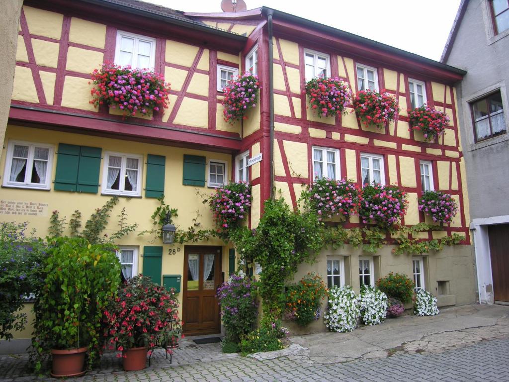 am klingentor eu ferienwohnungen deutschland rothenburg ob der tauber. Black Bedroom Furniture Sets. Home Design Ideas