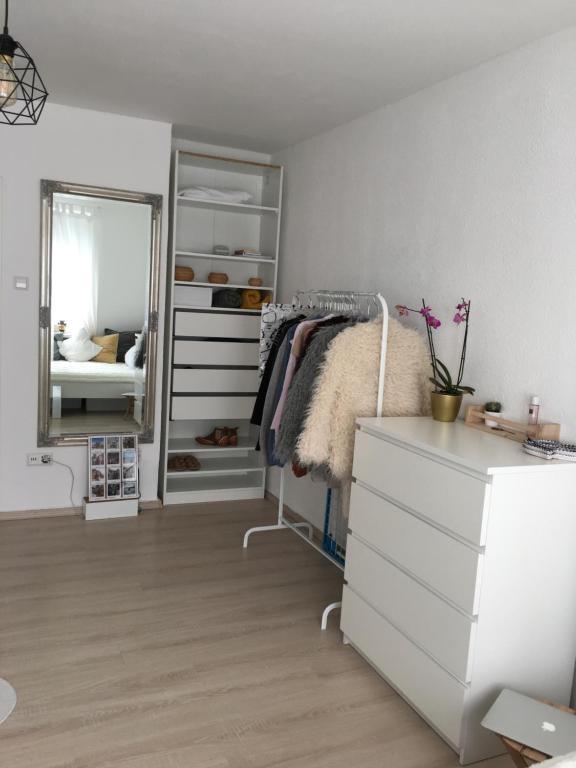 1-Zimmer Wohnung Messe Fair Trade, Zentrum, Maschsee , Hannover ...