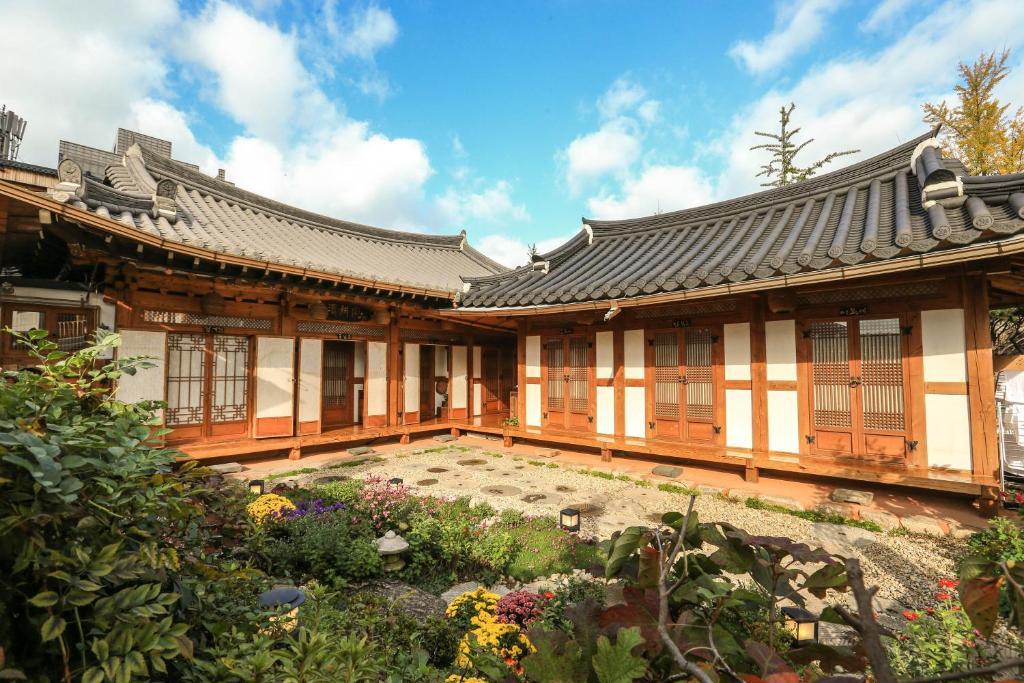 guesthouse bu kyung dang jeonju south korea booking com rh booking com