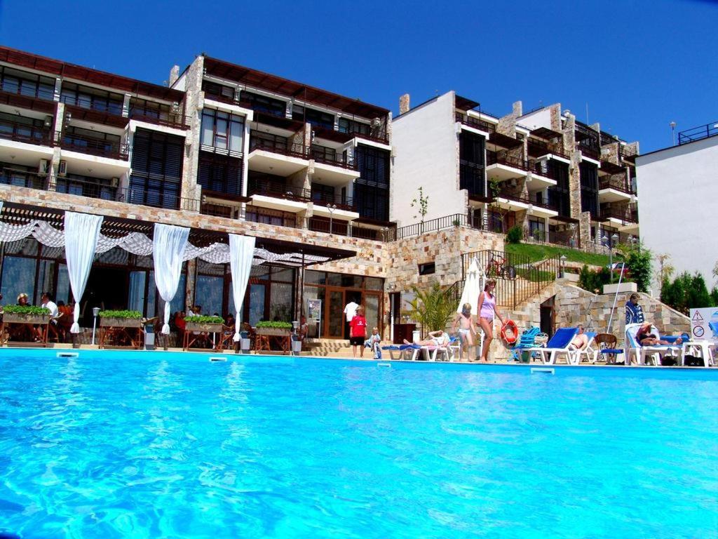 """Апартамент Relax apartment in """"Dolche Vita""""complex-Saint Vlas - Свети Влас"""
