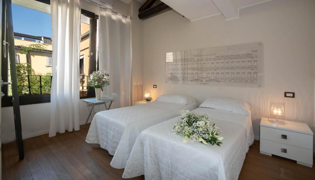 Bed and Breakfast Monza Living La Casa dell\'Architett, Italy ...