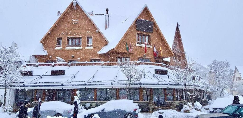 L'empreinte D'ifrane during the winter