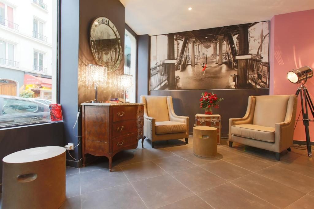hotel atelier montparnasse paris including reviews. Black Bedroom Furniture Sets. Home Design Ideas