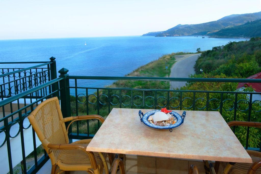 Квартира в остров Порос недорого на берегу моря