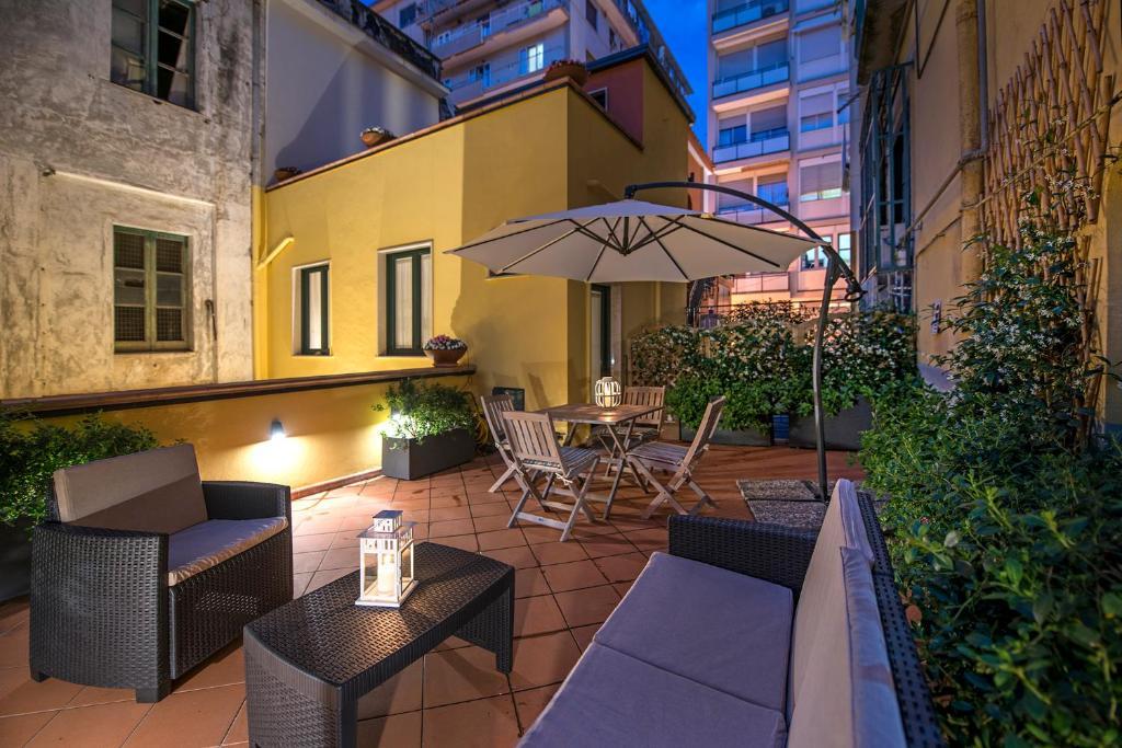 Apartment Le Terrazze sul Cortile, Salerno, Italy - Booking.com