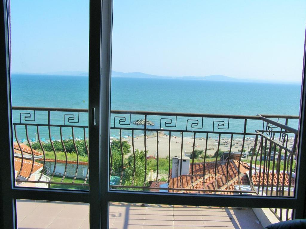 Апартамент Sarafovo Sea View - Бургас