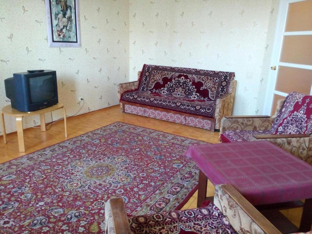 A seating area at Апартаменты