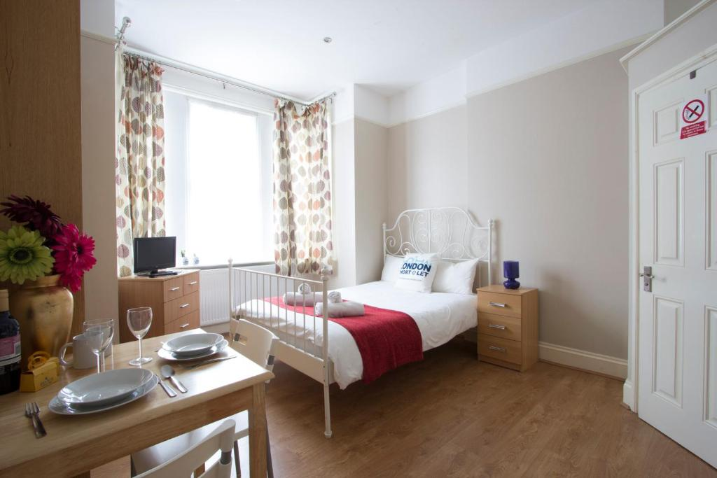 Apartment Melly Low Cost Vacation Rentals, London, UK - Booking.com