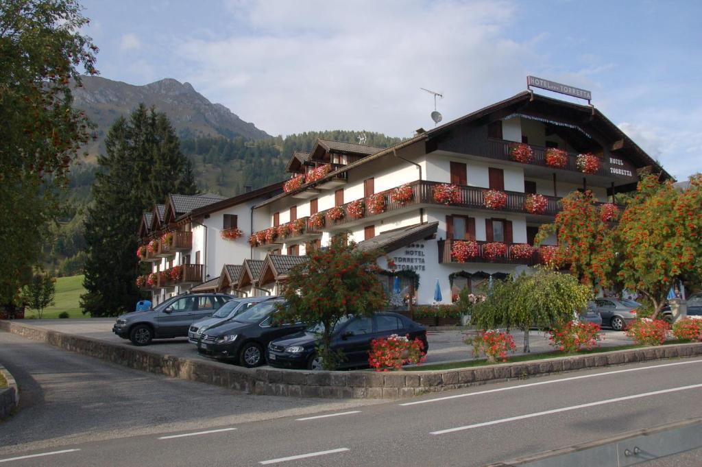 Hotel Torretta (Italien Bellamonte) - Booking.com