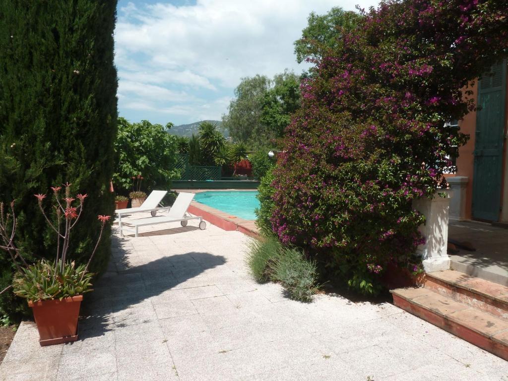 Belle villa avec piscine toulon tarifs 2019 - Cash piscine angers ...