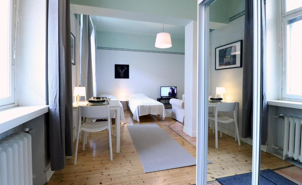 cozy and convenient studio apartment in helsinki city center id