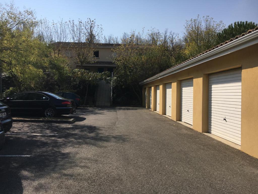 Vacation Home Carcassonne Maison Jardin Sans Vis A Vis Parking