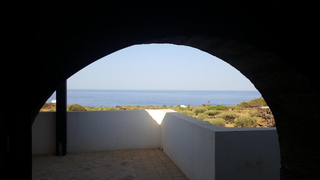 Case Di Pietra Pantelleria : Dammusi di pietra stella pantelleria u prezzi aggiornati per il