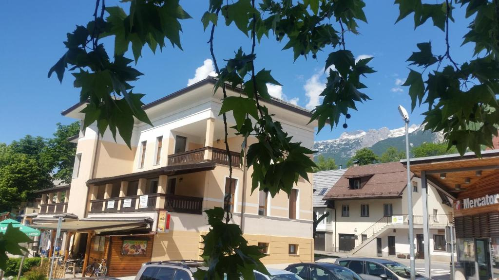 Apartments Vila Bovec (Eslovénia Bovec) - Booking.com