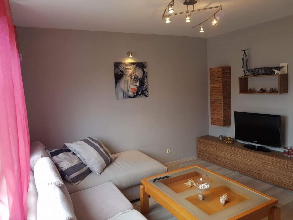 Апартамент Lux Apartament Stoyanovi - Приморско