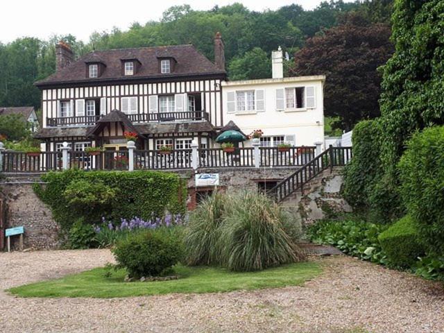 Restaurant Chambres D Hotes L Eau Vive Fatouville Grestain
