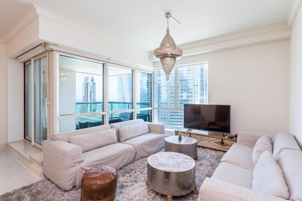 Two Bedroom Apartment in Dubai Marina by Deluxe Holiday ...